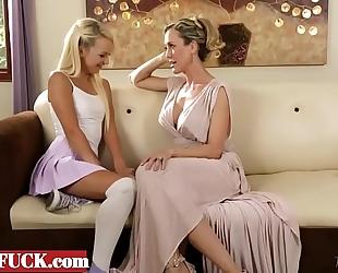 Not mommy's white women - carmen callaway, brandi love -jasminfuck.com