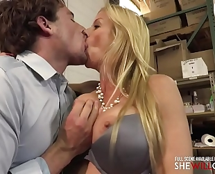 Shewillcheat - boss white lady alexis fawx welcomes a fresh employee