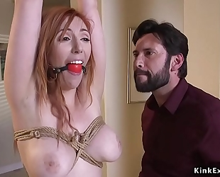 Lieutenant ties up and anal bonks redhead