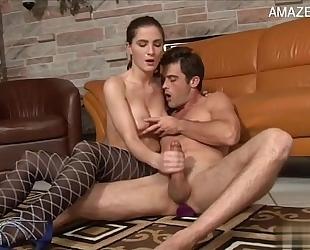 Hot Married slut accidental creampie