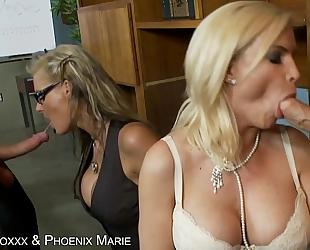 Hot diamond foxxx & phoenix marie receives booty drilled