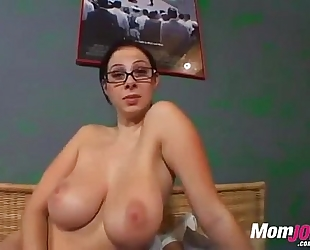 Big titted gianna michaels gives a hard cook jerking to make him cum