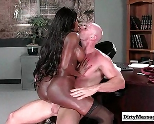 Pornstars erotic massage sex movie scene - www.dirtymassagexxx.com twenty one