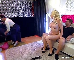 Sexy stripper kagney linn karter