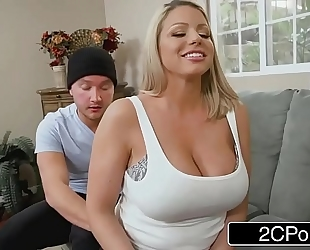 Gorgeous stepmom brooklyn pursue needs anal badly