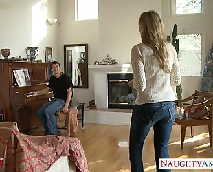 Milf in hot jeans julia ann acquires nailed