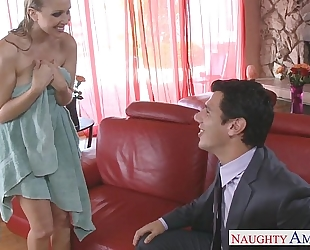 Blonde femdom-goddess julia ann receives facialized