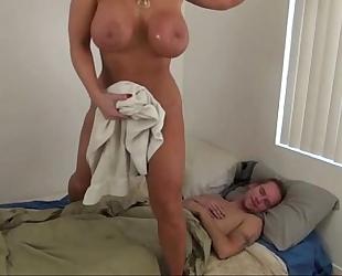 Hot mommy aid son - alura jenson