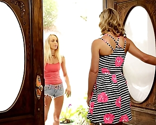 Staci carr, cherie deville at mommy's hotwife