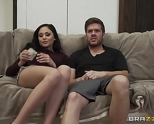 Brazzers.com - ariana marie - pornstars like it large