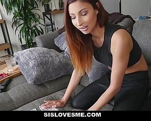 Sislovesme - sexy sister shows off magic tricks with her booty