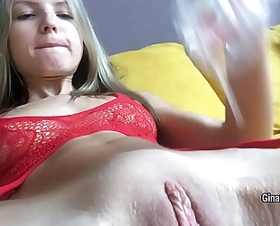 Lean-bodied blond gina gerson fondle her twat with large glass sex-toy on web camera