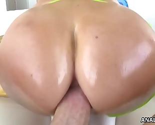 Jasmine jae takes large penis anally