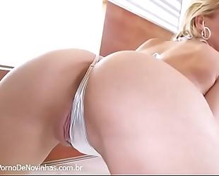 Striptease com jillian janson
