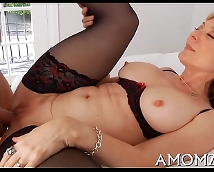Agile mommy can't live without from behind fuck
