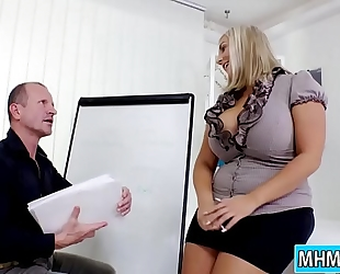 Krystal swift copulates boss in the office
