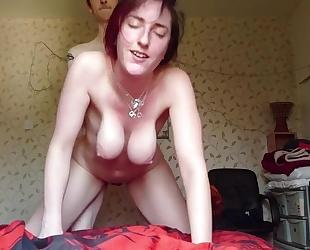 Amateur vixen pleasuring her boyfriend in front of the camera