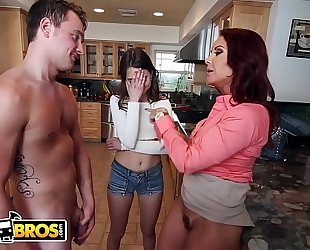 Bangbros - stepmom janet mason copulates riley reid and her boyfriend