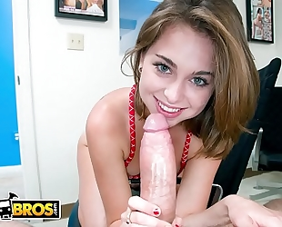 Bangbros - puerto rican / dominican legal age teenager riley reid's 1st scene with us