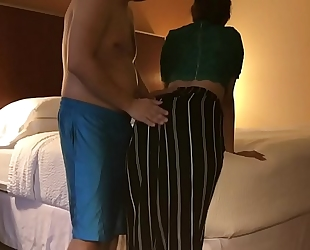 Dirty horny white wife cheats in spouse in hotel