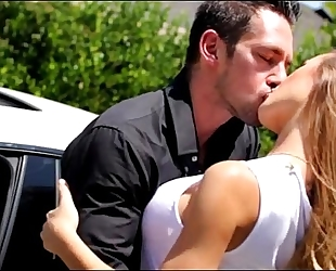 Blonde hot housewife breasty car hunk greater quantity on www.tr.im/brazzers